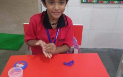K2 Literacy- vowels with clay